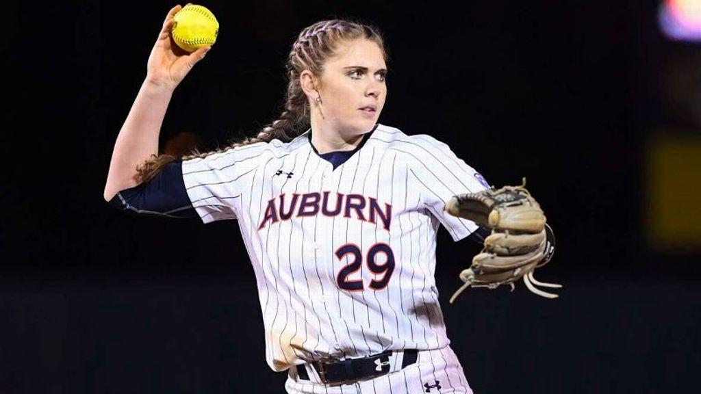 No. 20 Auburn splits doubleheader