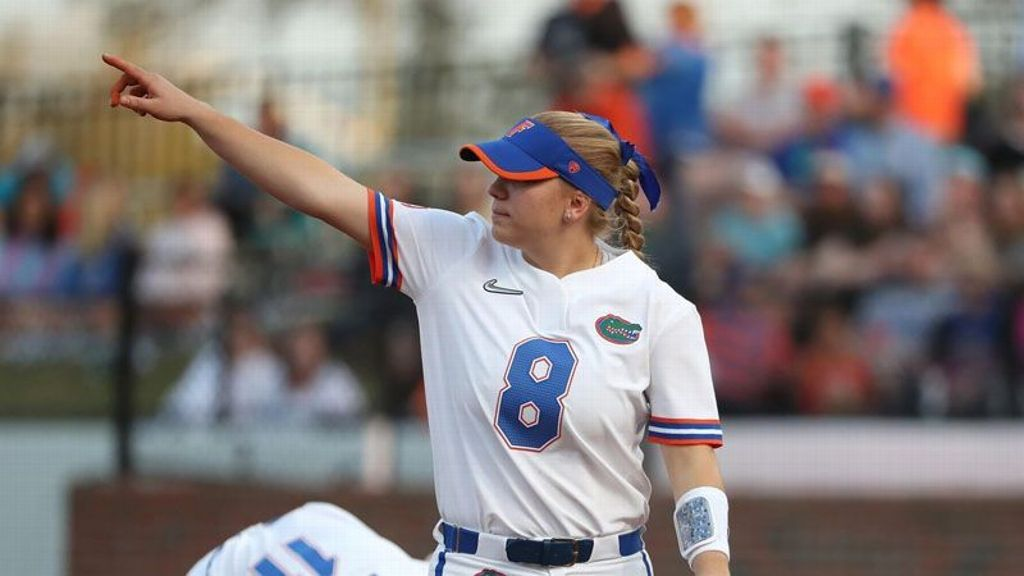 Seven-run first inning propels No. 9 Florida