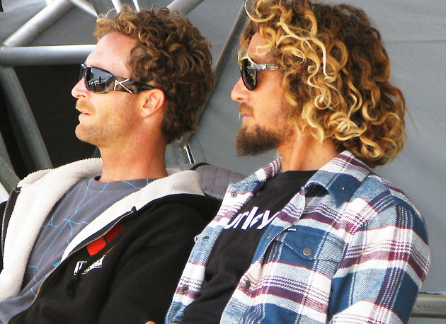 My friend and I used to joke that Rob Machado had an aura of stoke around him, but as they say, it's funny because it's true. The dude's just straight up cool, even if he does look like he just crawled out from the bush.