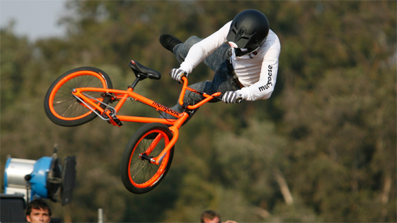 Casual practice whip, X Games 14.