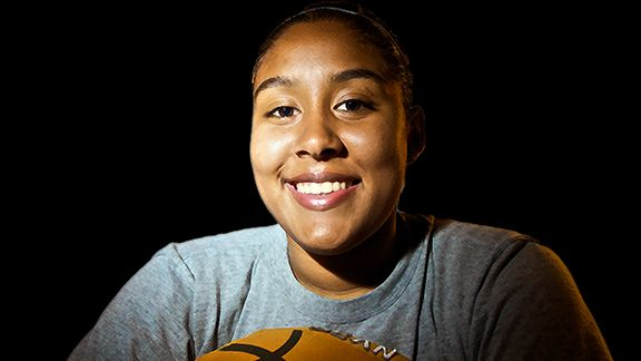 Kaleena Mosqueda-Lewis was the Gatorade Player of the Year out of Mater Dei High in Santa Ana, Calif., last season.