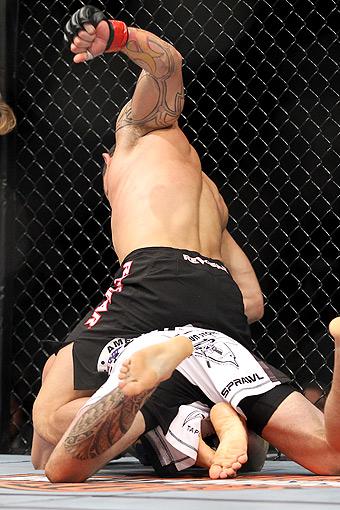 Gleison Tibau, top, versus Rafaello Oliveira