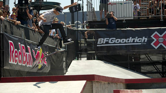 The dominant force in Rob Dyrdek's Street League contest series, Nyjah Huston proved he can win in events outside of the league. Huston's runs, mixing technical tricks and gutsy maneuvers, were a cut above everyone else in the field.