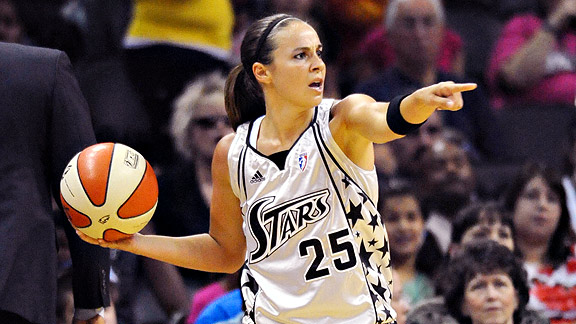 When San Antonio needed a win over L.A., Becky Hammon led the team with 37 points, including 17 in the fourth quarter.