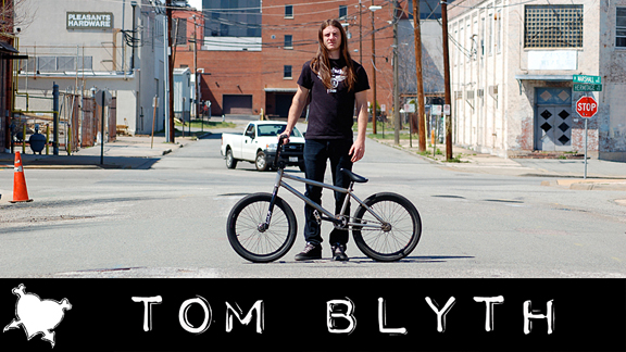 Tom Blyth and his personal FBM Bell Witch setup. Look for the frame to be available in mid-April.