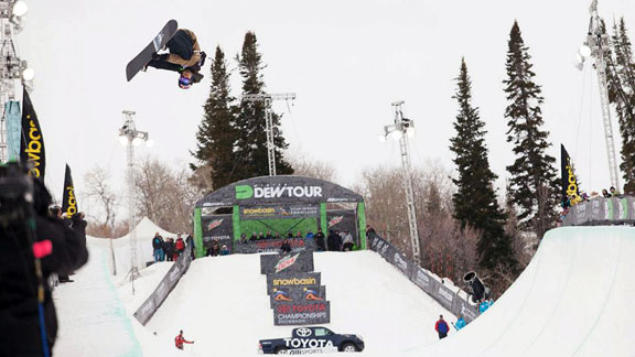 Iouri Podladtchikov at the most recent Dew Tour stop at Snowbasin, Utah.