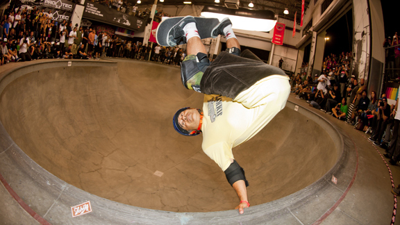 Steve Caballero, frontside invert on his way to first place in the Masters.