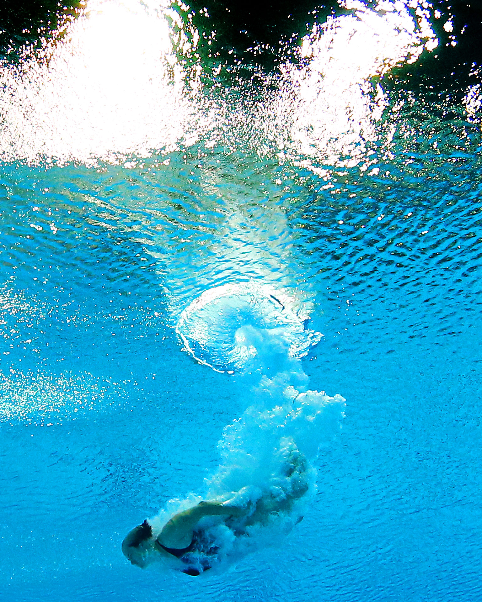Anna Lindberg of Sweden dives