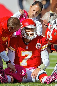 Matt Cassel sustained a concussion in the fourth quarter of Kansas City's loss to Baltimore. Fans cheered while he lay on the ground receiving treatment.