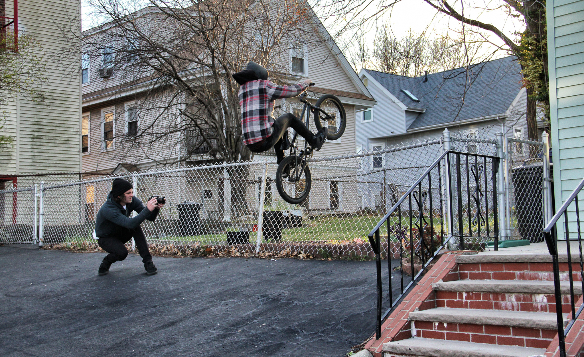 /photo/2012/1121/as_bmx_bonedeth2_2048.jpg