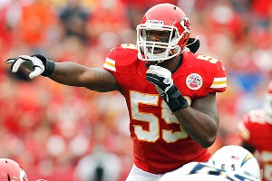Chiefs linebacker Jovan Belcher fatally shot his girlfriend early Saturday, then drove to Arrowhead Stadium and committed suicide in front of his coach and general manager, according to police.