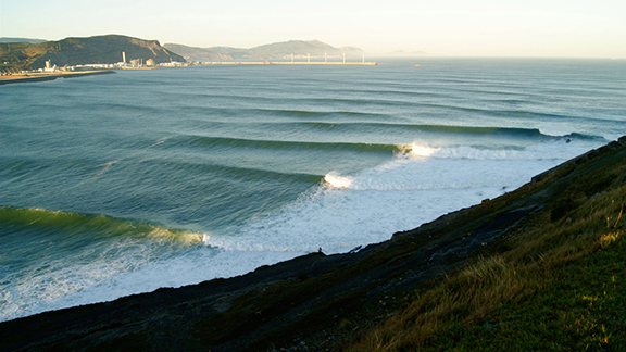 Big wave world tour continues to evolve - Billabong bilbao ...