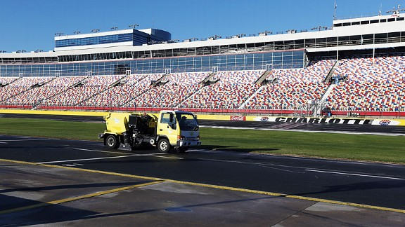 Heavy rains Thursday kept causing problems at Charlotte Motor Speedway on the final day of new car testing Friday.