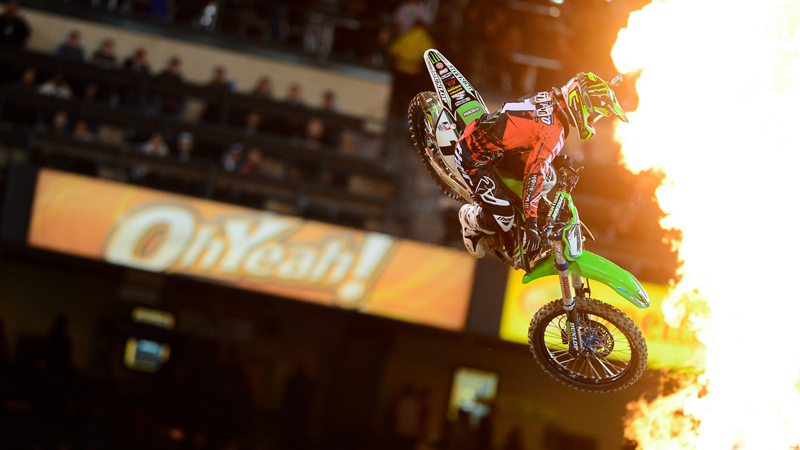 Two-time champion Ryan Villopoto wins his 1st Supercross of the season.