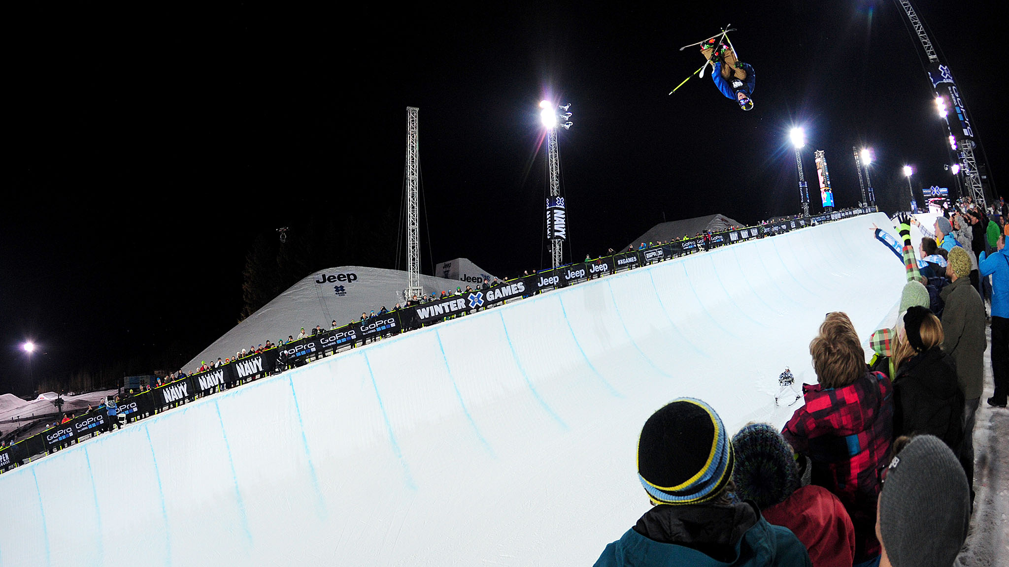 David Wise successfully defended his gold medal in the Men's Ski SuperPipe.