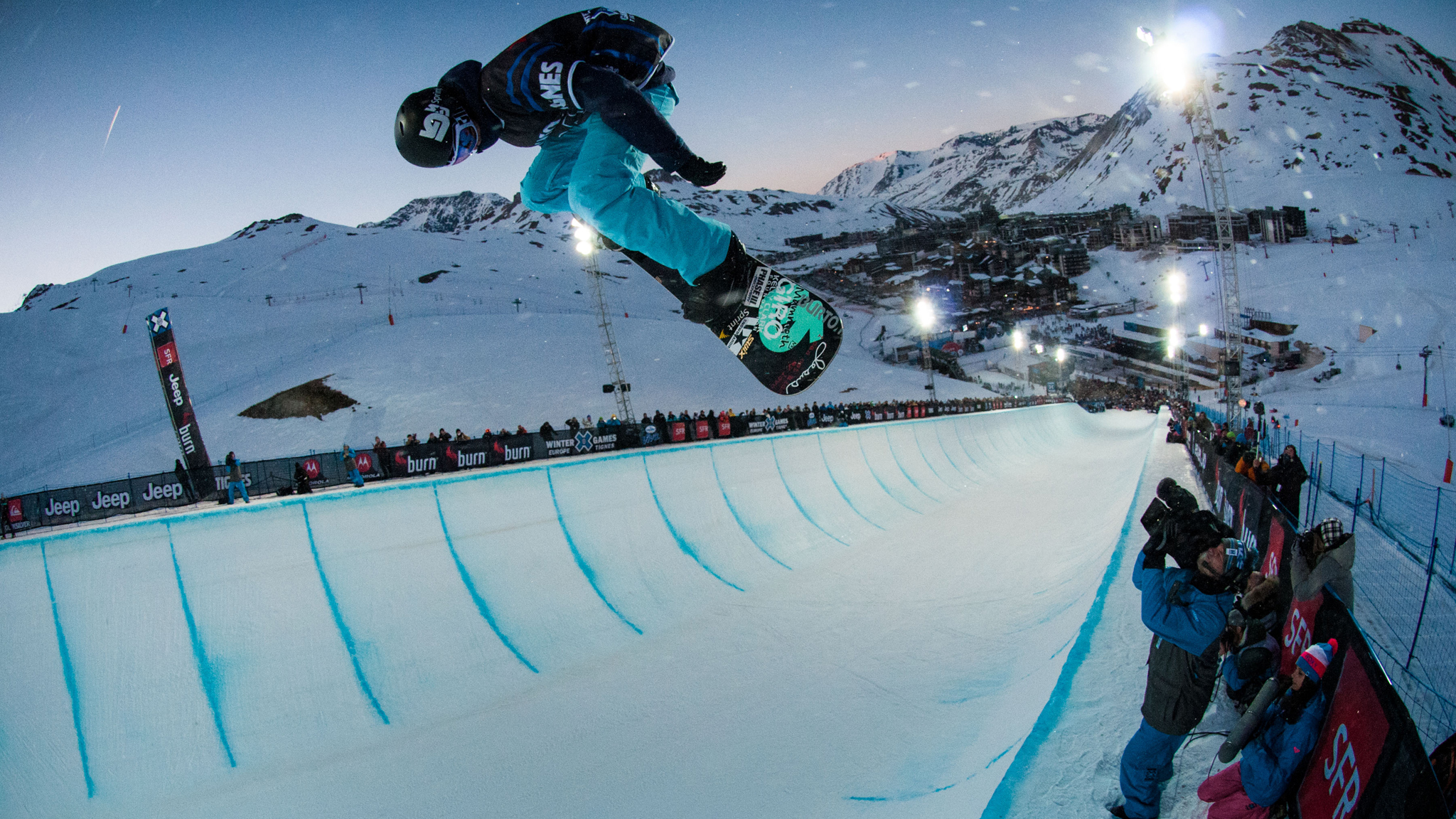 Kelly Clark will be going for a Tignes three-peat this week in Women's Snowboard SuperPipe.