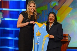 Elena Delle Donne will be charged with helping the Chicago Sky reach the playoffs.