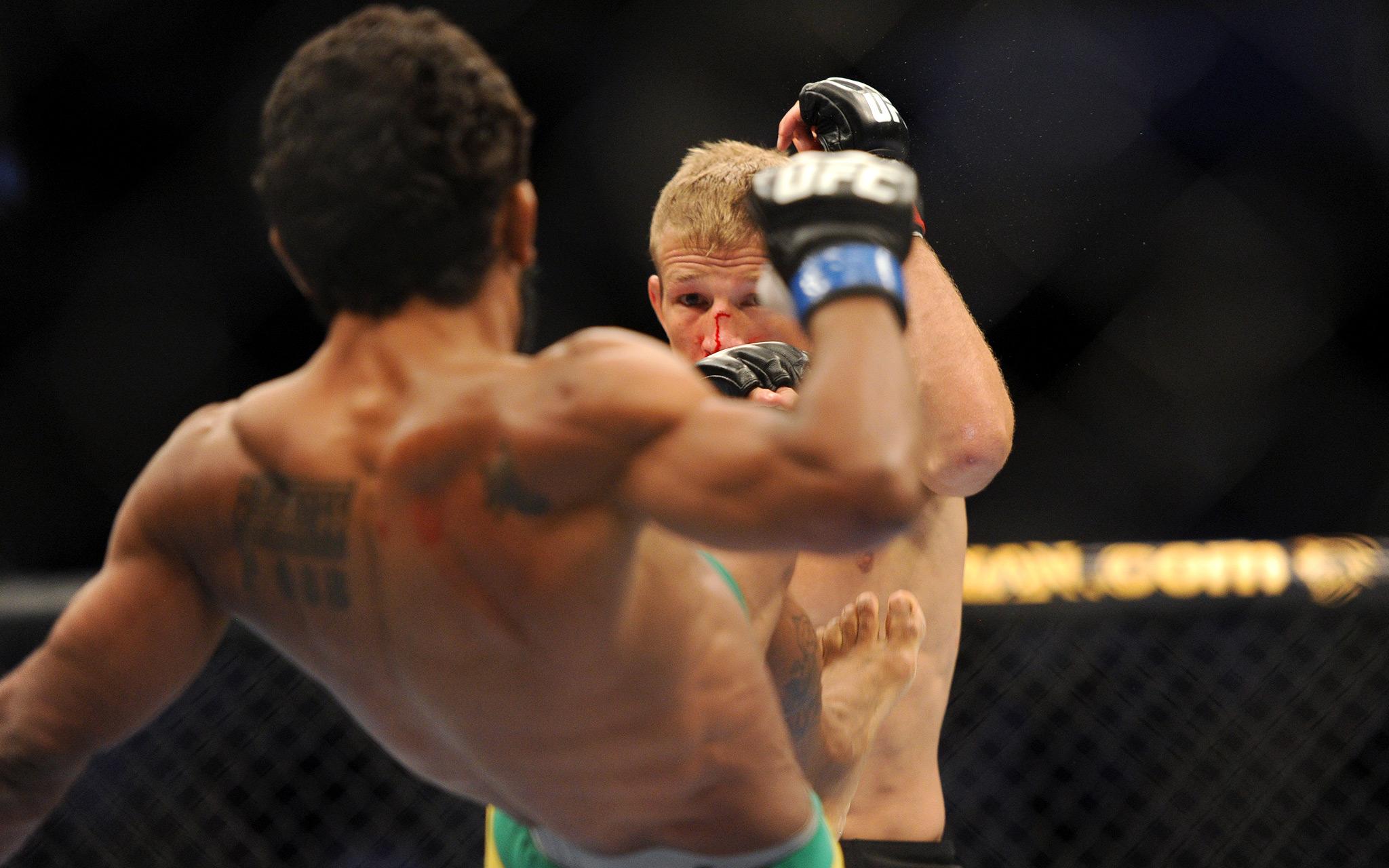 TJ Dillashaw vs. Hugo Viana