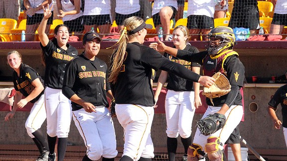 Dallas Escobedo finished 3-0 on the weekend with a pair of complete games to help propel Arizona State to the super regionals this weekend.