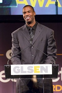 Jason Collins received the Courage Award at the GLSEN Respect Awards on Monday in New York.