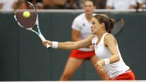 Defending NCAA champion Nicole Gibbs of Stanford beat Florida's Lauren Embree 6-0, 6-1 in the semifinals.