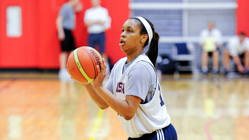 Asia Durr, who will be a junior at St. Pius X (Atlanta) in the fall, averaged 18.4 points per game at the FIBA Americas U16 Championship.