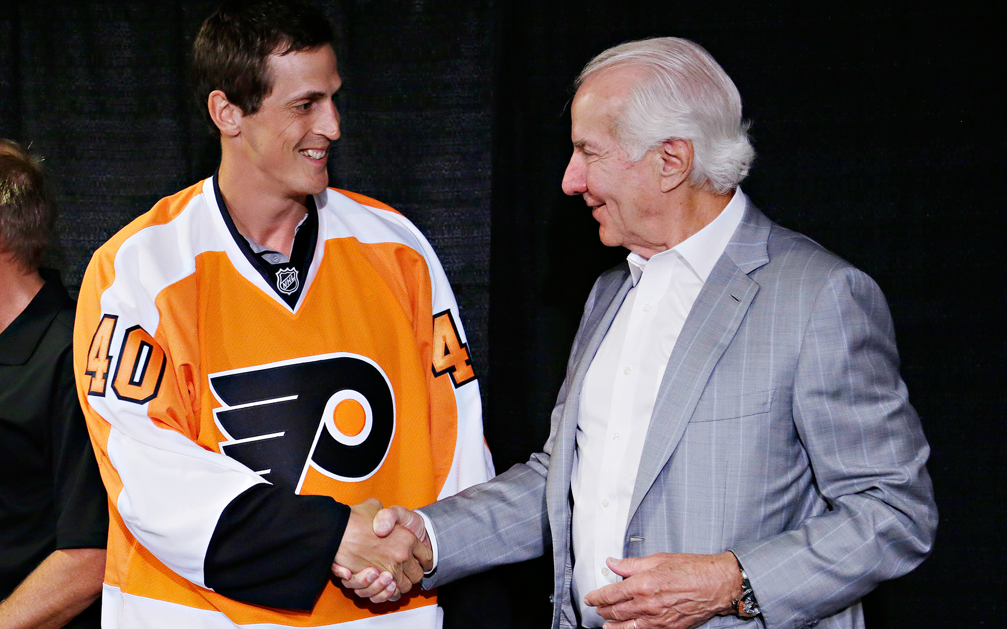 Lecavalier Takes Flyer On Philly