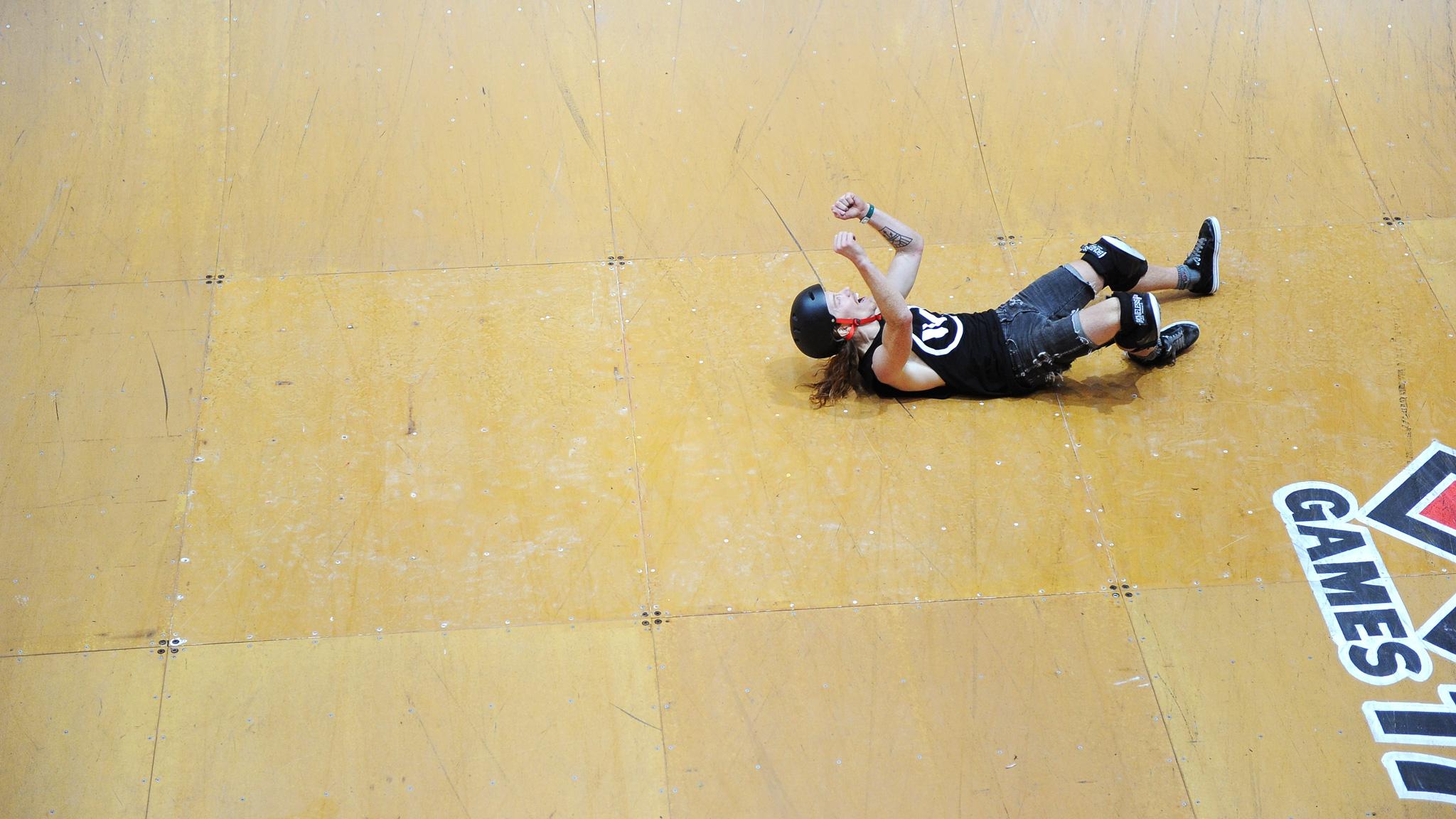 Shaun White beats PLG for Skateboard Vert gold