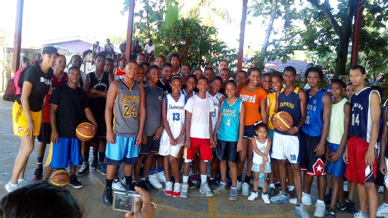 Candice Wiggins helped teach basketball to Nicaraguan girls and boys of all ages, with the hope that the kids will take their passion for the game to their communities.
