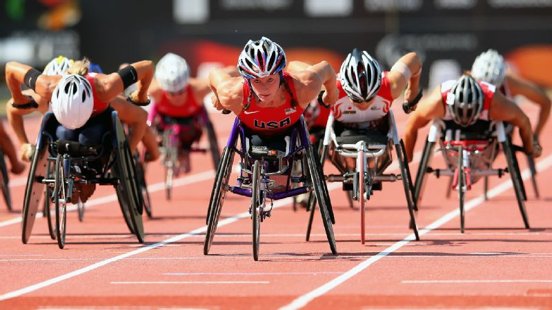 Paralympic track and field star Tatyana McFadden's summer feats read like most elite athletes' entire rsum, with a whopping six gold medals at the U.S. Paralympics national championships and a record-setting six golds at the International Paralympic Committee Athletics World Championships. The rest of her 2013 wasn't too shabby, either, as she won the women's wheelchair division at the Chicago, Boston and London marathons. Whew. We're exhausted just writing all that.