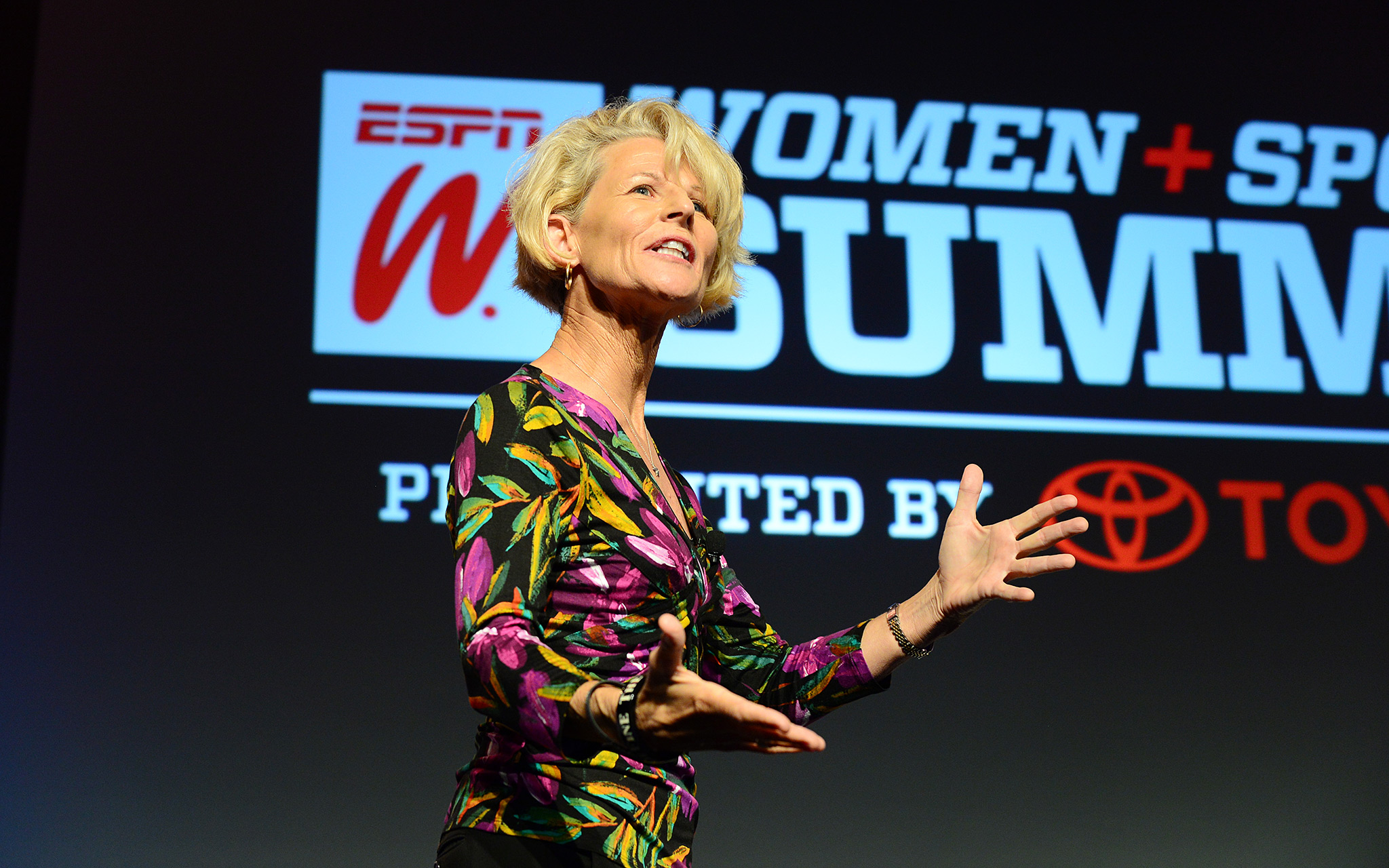 Sue Enquist's Power Talk focused on chasing excellence and how women have to avoid being their own worst enemy (hello, inner voice!). Money quote: Don't get stuck in your junk.
