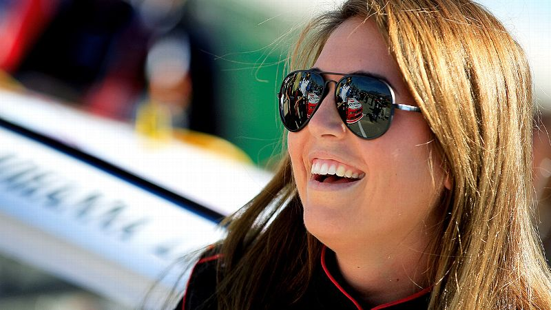 The biggest race on the short-track circuit is the Snowball Derby, and Johanna Long won it in 2010.