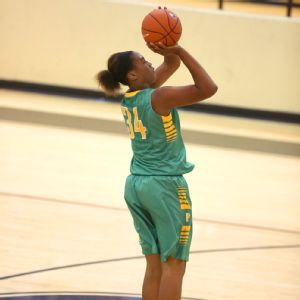 Ayanna Clark impressed pretty much everybody with her performance at the Nike Tournament of Champions in December.