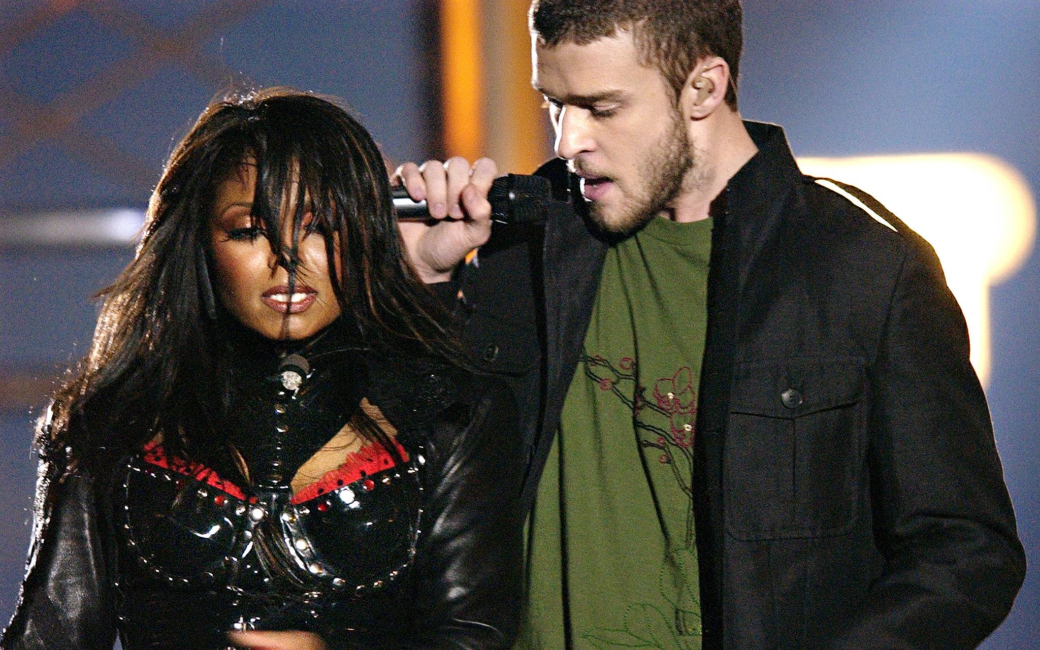 Super Bowl XXXVIII: Justin Timberlake and Janet Jackson