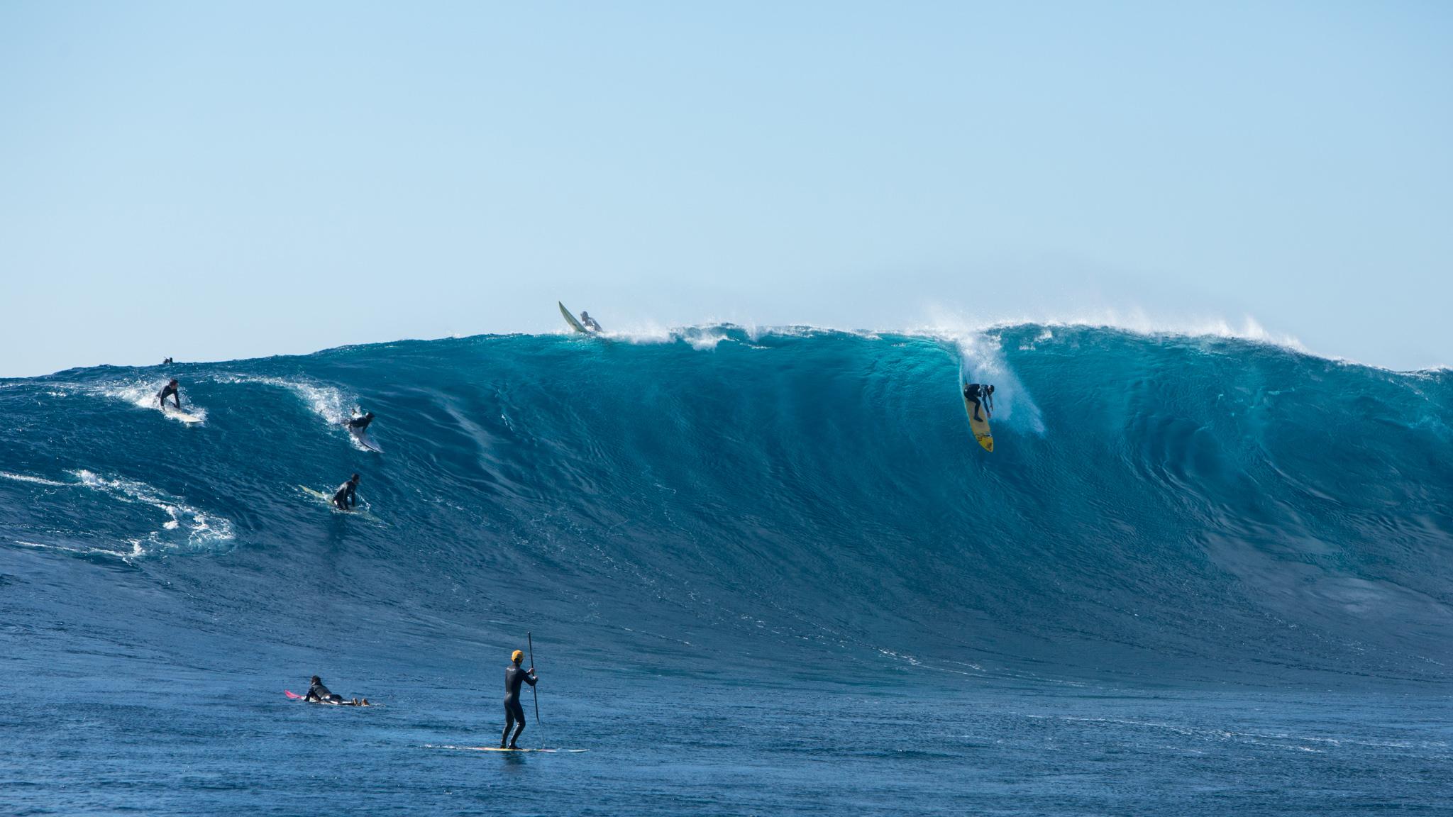 Pacific Ocean Unloads
