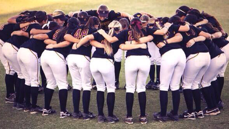 Arizona State softball huddle