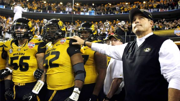 Missouri coach Gary Pinkel has said he's proud of his team for accepting Sam.