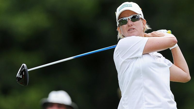 Playing in front of family and friends last week in the Australian Ladies Masters, Karrie Webb signed an incorrect scorecard and was disqualified after the second round.