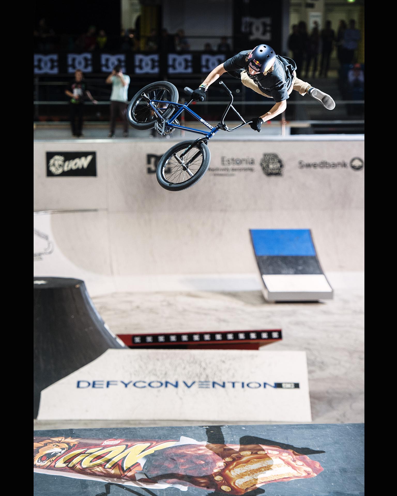 Tyler Ferengel, 360 superman seatgrab Indian air.