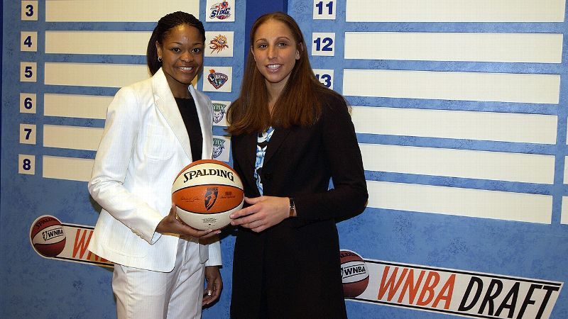 Shortly after winning her third national title at UConn, Taurasi was selected first in the 2004 WNBA draft by the Phoenix Mercury. She averaged 17 points per game in 2004 and was named the league's rookie of the year.