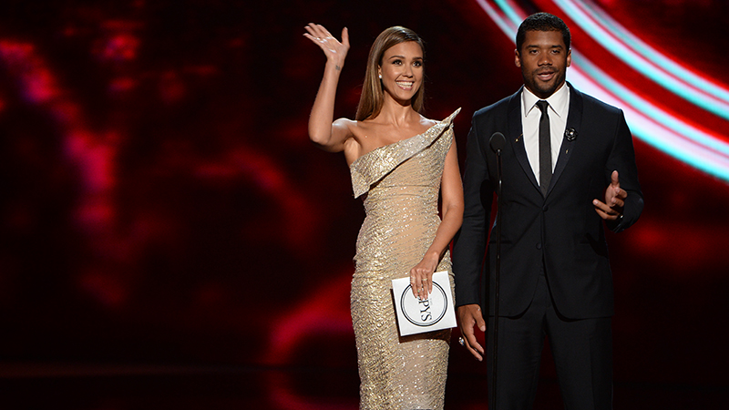 Jessica Alba and Russell Wilson during the 2014 ESPYS.