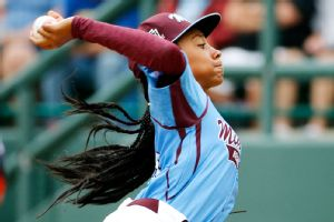 Mo'ne Davis fired eight strikeouts and allowed only two hits in her second consecutive LLWS shutout.