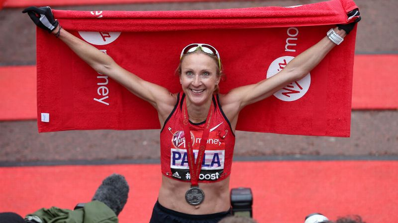 Paula Radcliffe celebrates completing the 2015 London Marathon