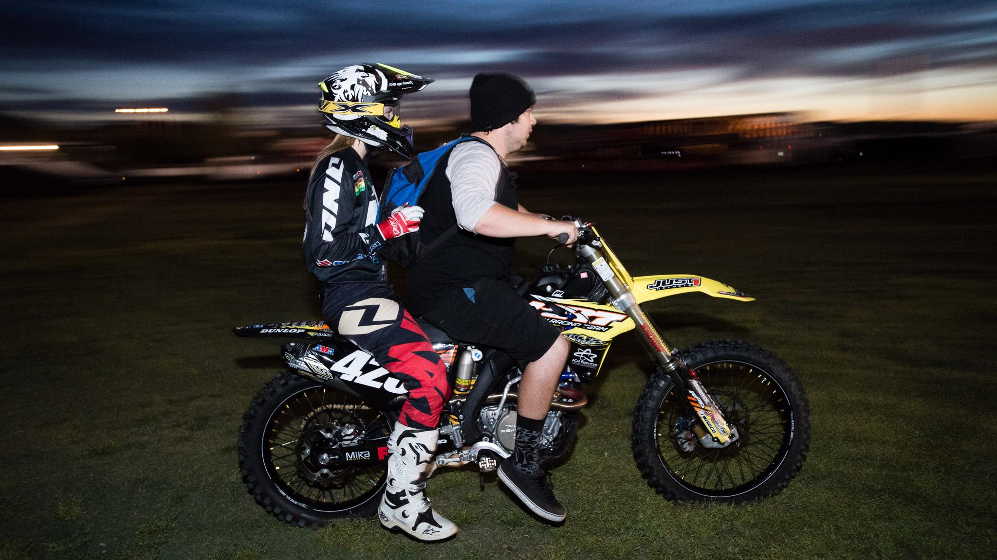 Tandem moto ride