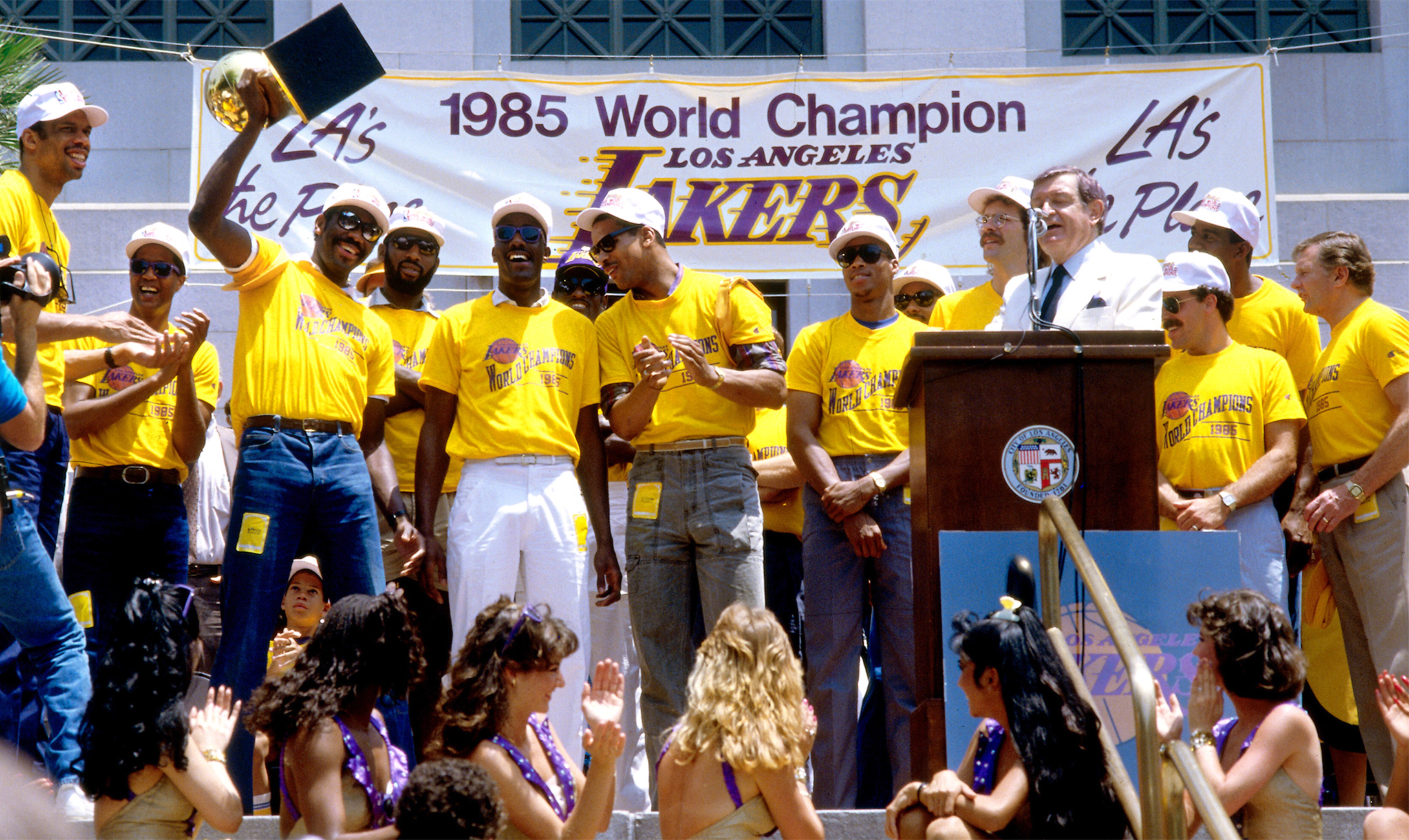7. 1985 Los Angeles Lakers - Top 20 Greatest NBA Teams Ever - ESPN