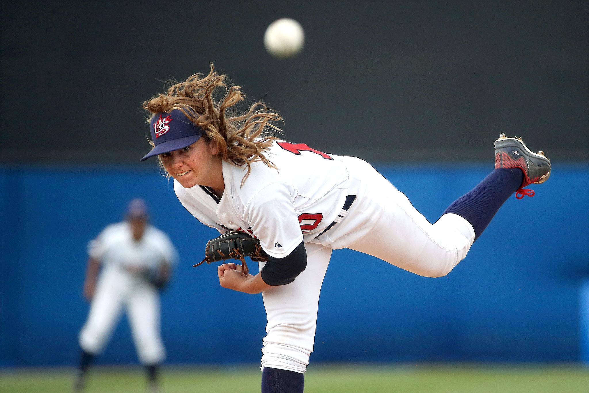 Women's baseball takes center stage