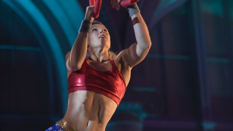 Jessie Graff competing in a Los Angeles qualifier for American Ninja Warrior.