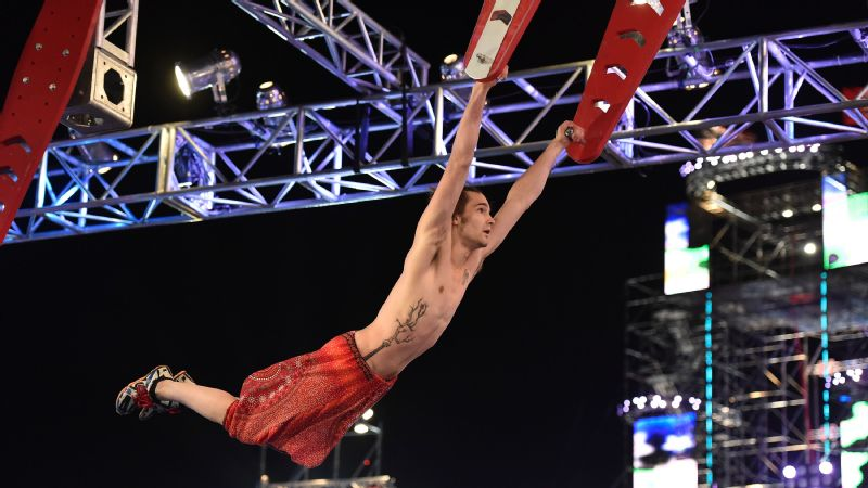 Thomas Stillings swings through Flying Squirrel in American Ninja Warrior national finals.