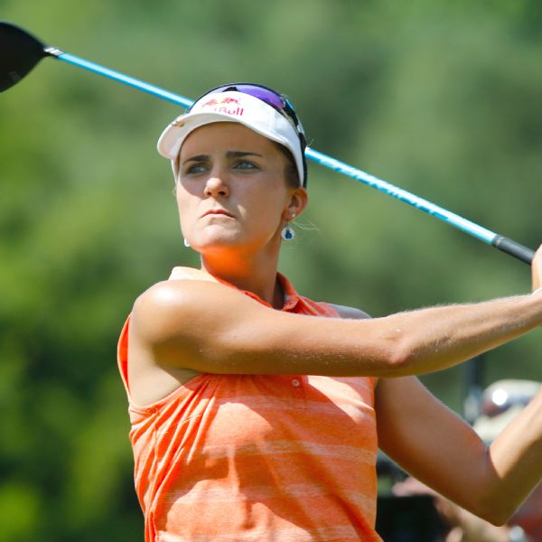 After a slow start, Lexi Thompson had six birdies in the back nine holes to take a one-stroke lead at the Kingsmill Championship.