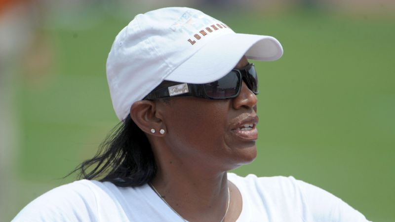 Former women's track coach Bev Kearney's lawsuit against the University of Texas is set to resume after the state Supreme Court declined to intervene.